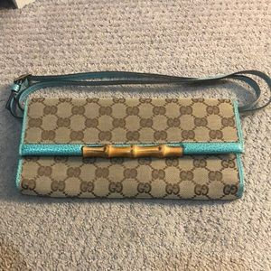 Gucci bamboo clutch - vintage
